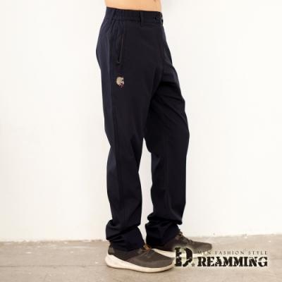 Dreamming 獅紋刺繡彈性腰伸縮中直筒休閒長褲-共三色