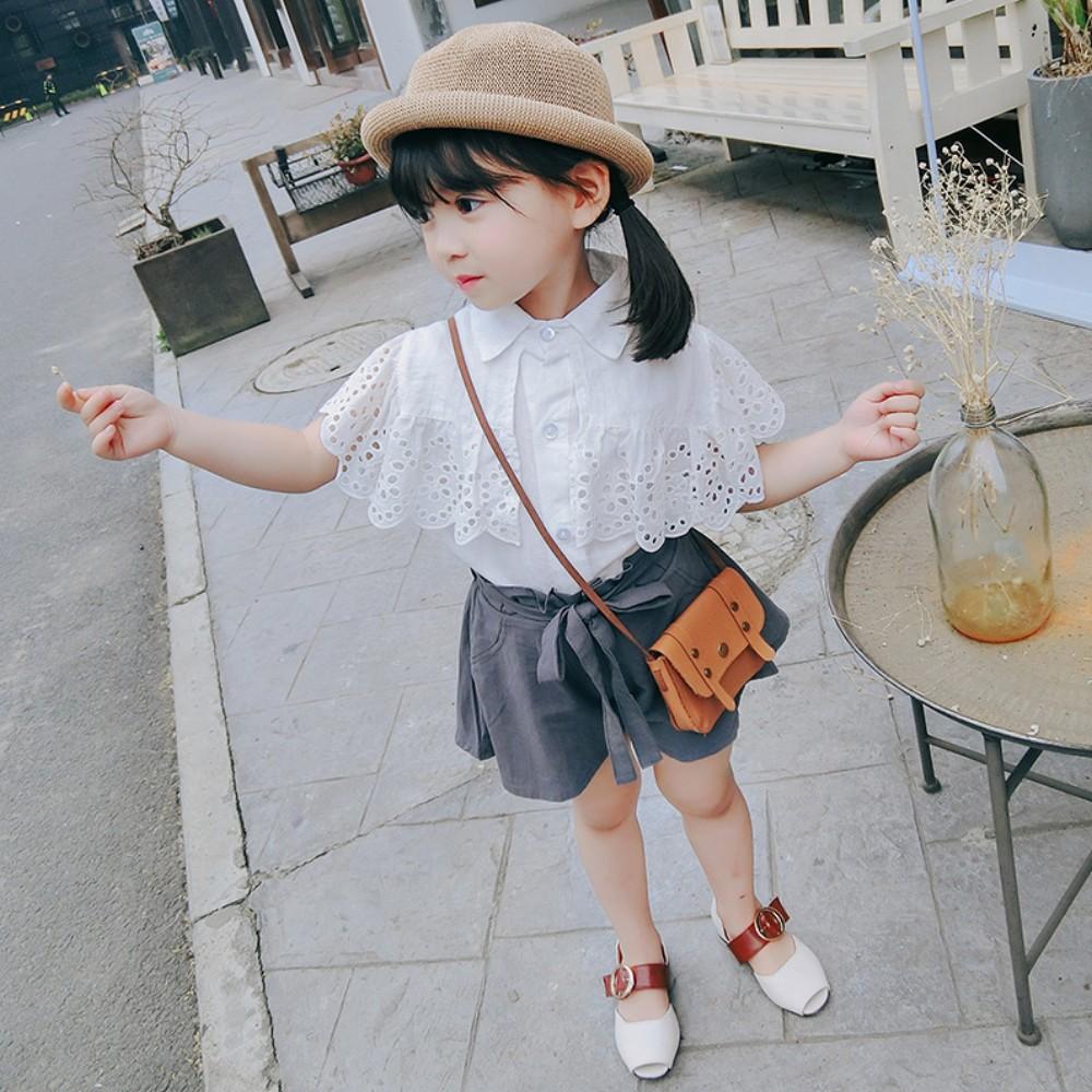 小衣衫童裝   女童夏季雕花鏤空披肩公主襯衫短褲套裝 1080204