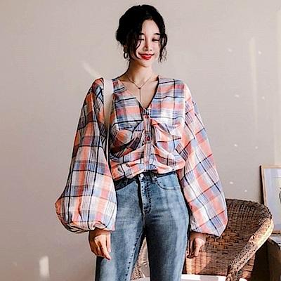 La Belleza前胸抽皺壓折燈籠袖開釦格紋襯衫