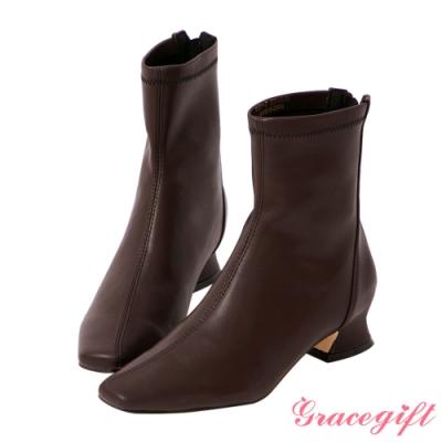 Grace gift-斜車線特殊中跟短靴 深咖