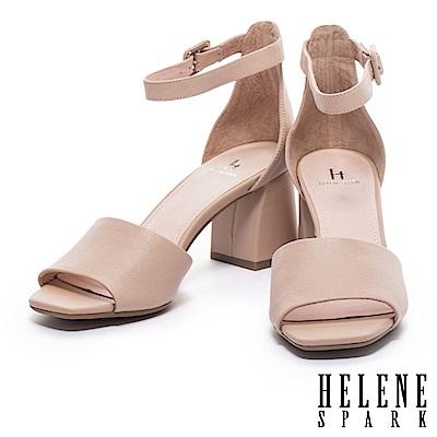 涼鞋 HELENE SPARK 簡約淡雅氣質縮花羊皮繫踝粗高跟涼鞋-米