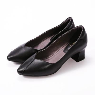 SM-經典大方軟牛皮跟鞋