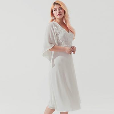 AIR SPACE PLUS 高雅緹花蕾絲V領雪紡長洋裝(白)