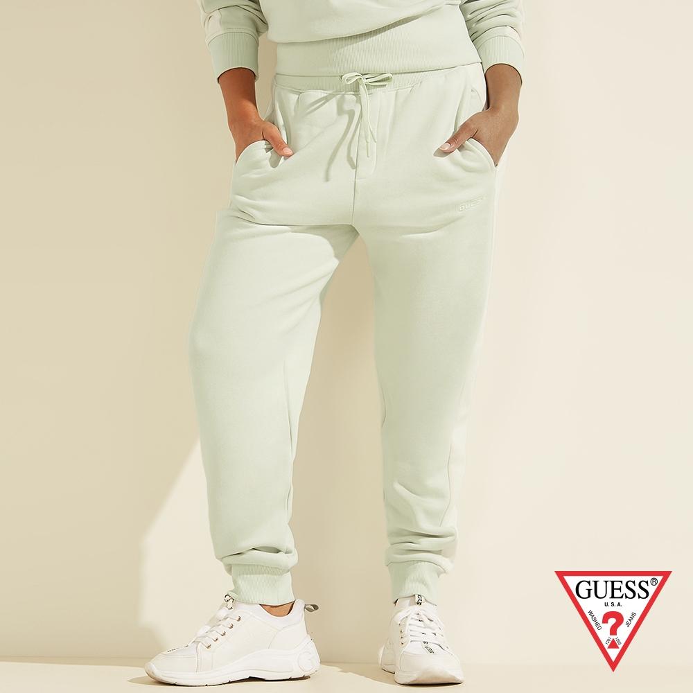 GUESS-女裝-美式純色個性LOGO休閒長褲-綠 原價1990