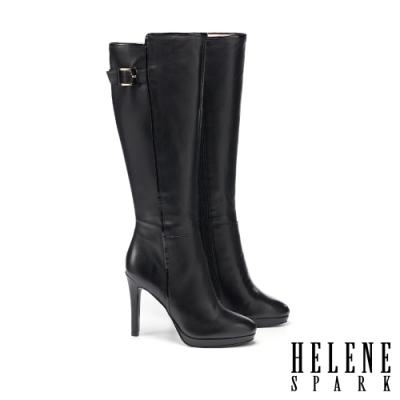 長靴 HELENE SPARK 都會摩登烤漆方釦羊皮美型高跟長靴-黑