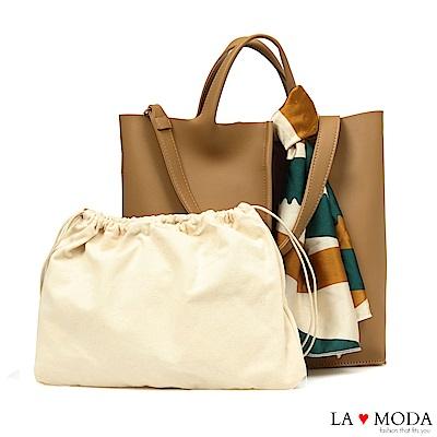 La Moda 簡約經典高質感絲巾緞帶裝飾肩背手提托特子母包(棕)