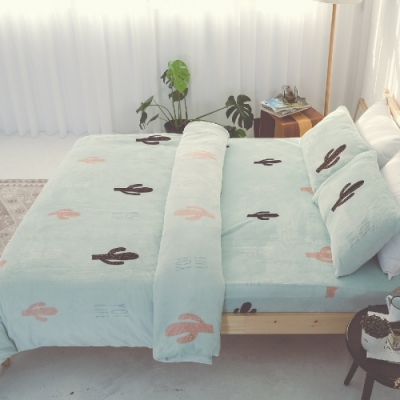 BUHO 極柔暖法蘭絨雙人特大床包三件組(薄荷綠洲)