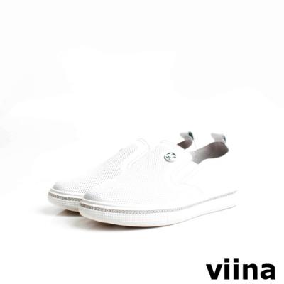 viina 牛皮壓紋白色烤漆logo鑽飾休閒鞋-白