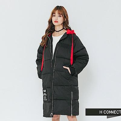 H:CONNECT 韓國品牌 女裝-撞色連帽長板鋪棉外套-黑