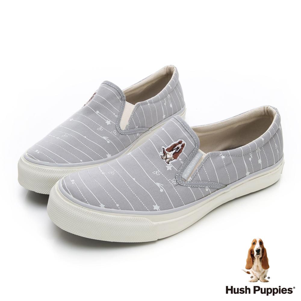 Hush Puppies 塗鴉線條咖啡紗休閒便鞋-淺灰