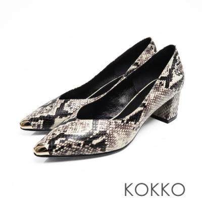 KOKKO -流浪到巴黎點金小方頭真皮粗跟鞋-蛇紋