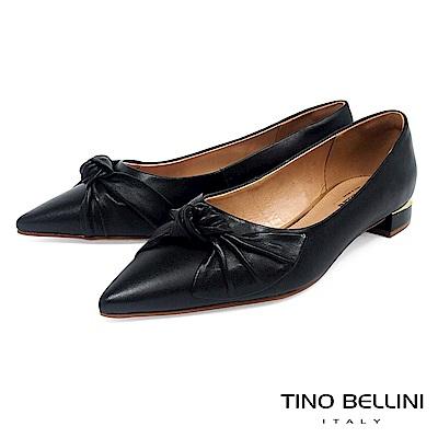 Tino Bellini 巴西進口皮革紐結尖楦微跟包鞋 _ 黑