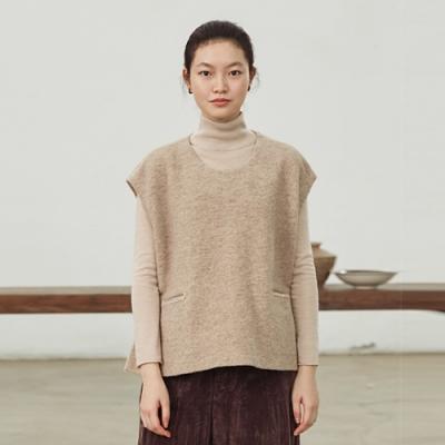 旅途原品_向陽_原創設計羊毛混紡開衩背心毛衣- 駝色