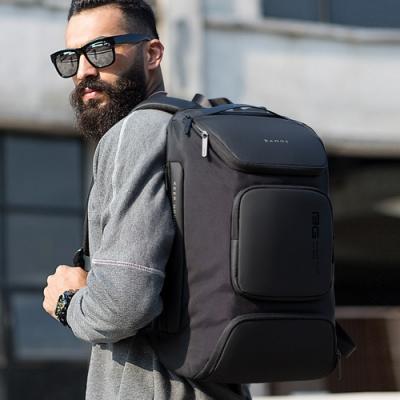 leaper立體多口袋USB充電商務旅行電腦後背包 共2色