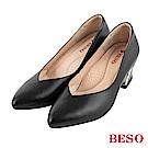BESO 粉領魅力 V口電鍍粗跟高跟鞋~黑