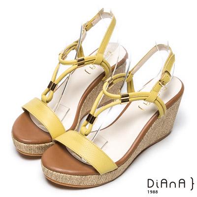 DIANA 簡約韓風—羅馬蜿蜒線條楔型涼鞋–黃