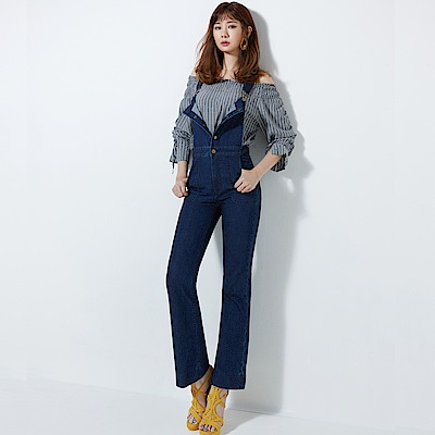 Victoria 深色丹寧吊帶靴型褲-女-深藍