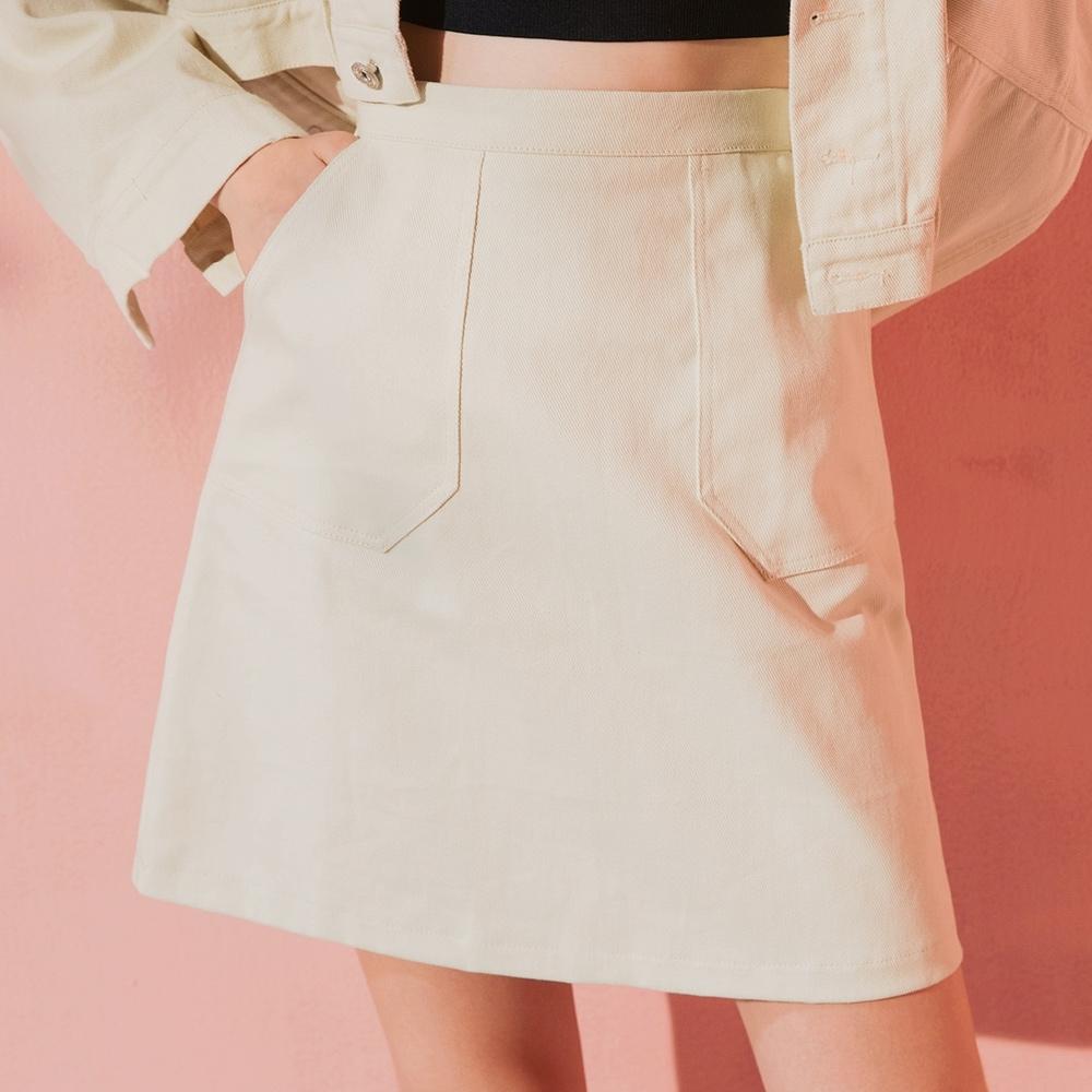 AIR SPACE LADY 極簡口袋造型短裙(奶油白)
