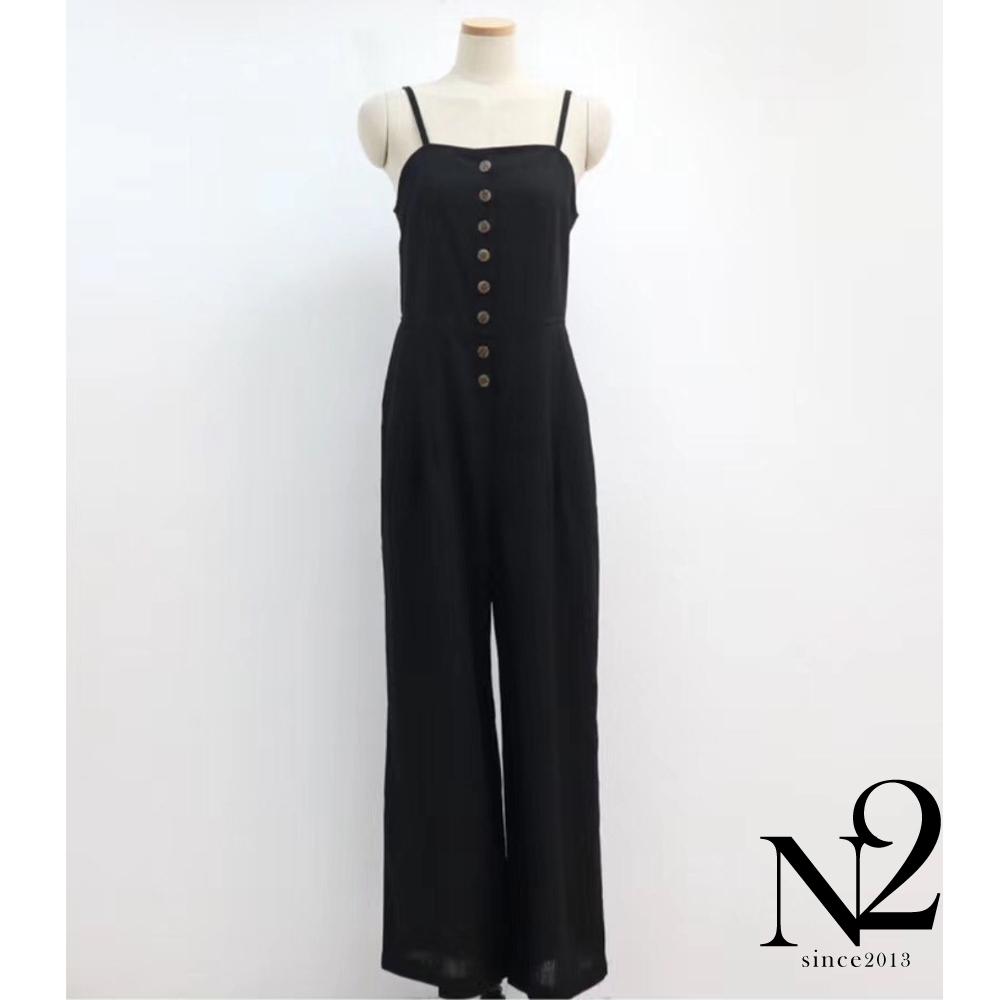 連身褲 正韓混麻質感排釦造型打褶寬版吊帶褲(黑色)N2