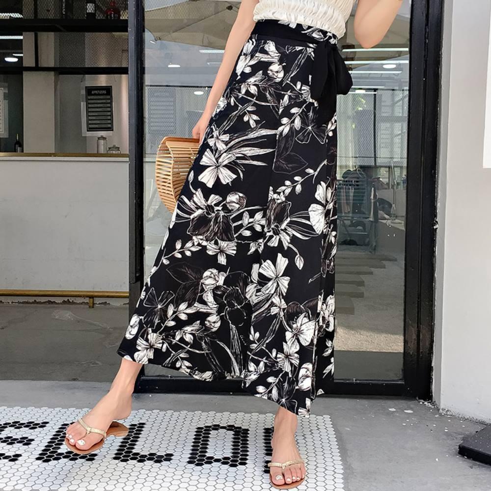La Belleza黑底南洋渡假風印花鬆緊腰附黑色綁帶闊腿褲寬褲裙
