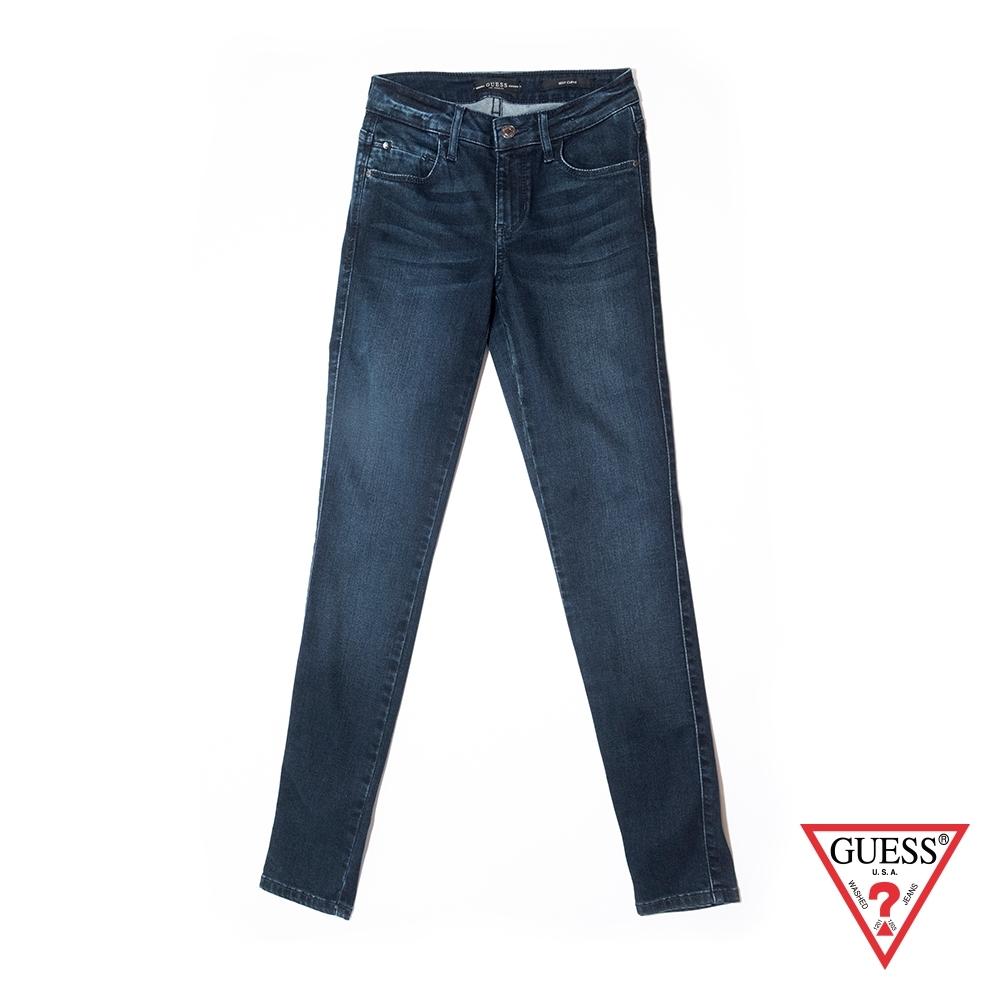GUESS-女裝-復古刷色緊身牛仔褲-深藍