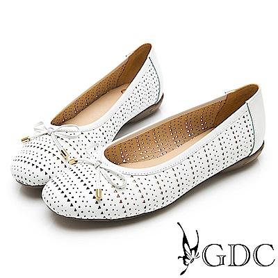 GDC-真皮日雜氣質甜美雕花簍空蝴蝶結圓頭平底娃娃鞋-白色