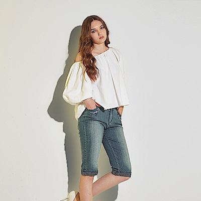 Hana+花木馬 刷色牛仔波點印花時尚休閒膝上造型五分馬褲-藍(共2色)
