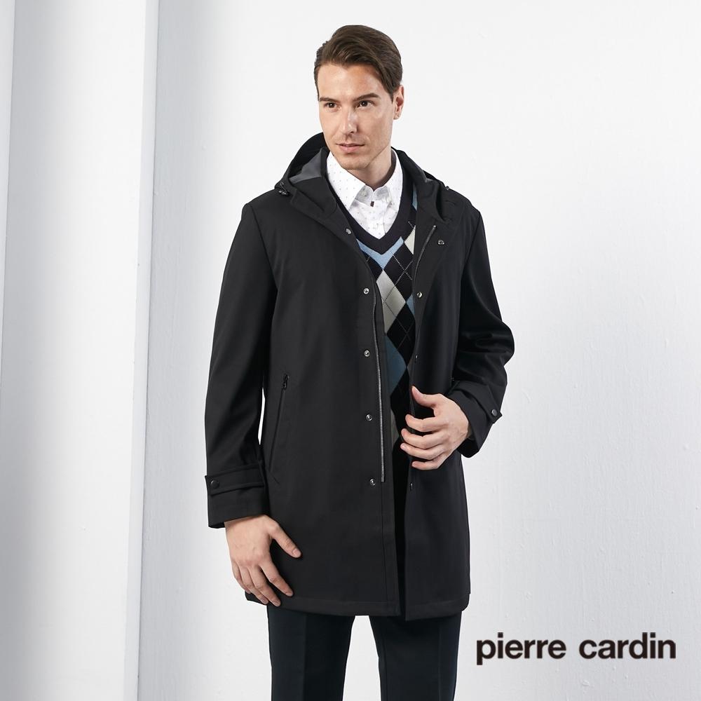 Pierre Cardin皮爾卡登 男裝 進口素材毛料兩件式掛帽羽絨長版外套-黑色(5185732-99)