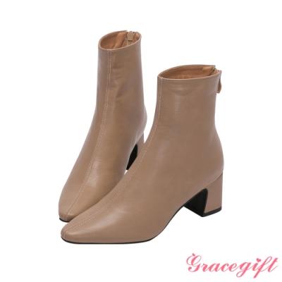 Grace gift-尖頭皮革紋路中跟短靴 杏