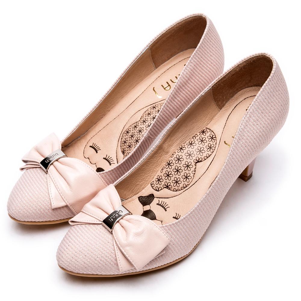 DIANA法蘭西布蝴蝶結真皮尖頭跟鞋-漫步雲端超厚切瞇眼美人-淺粉