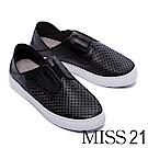 休閒鞋 MISS 21 經典純色沖孔拼接設計全真皮休閒鞋-黑