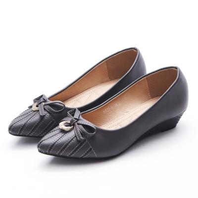 A one  尖頭鑽飾蝴蝶結車線造型小坡跟鞋-深灰