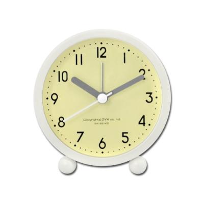 2.5吋 居家擺飾 清新簡約 無印 北歐風 辦公桌床頭 桌上型 鬧鐘 時鐘 - 黃綠色