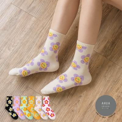 阿華有事嗎  韓國襪子  彩底微笑花兒中筒襪  韓妞必備 正韓百搭純棉襪