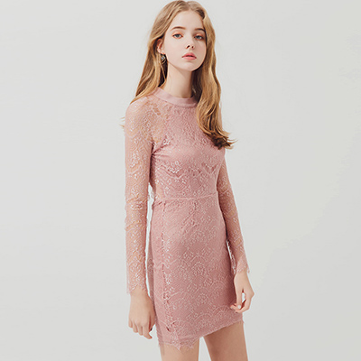 AIR SPACE 背挖空細緻透膚蕾絲包臀洋裝(粉紅)