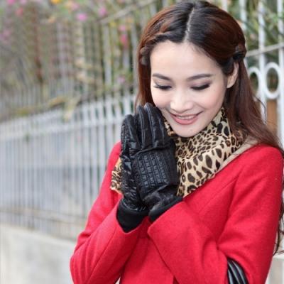 ego life時尚綉線輕薄羽絨布防風保暖女手套M款 共4色