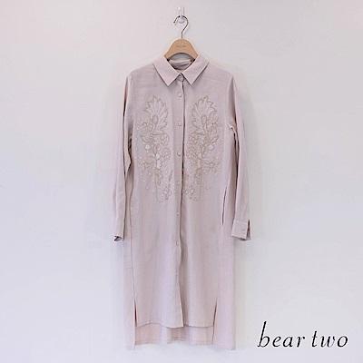 beartwo 典雅立體繡花基本長版襯衫(二色)
