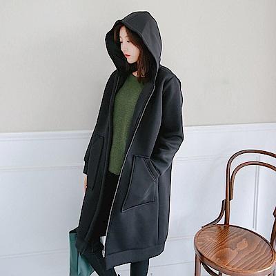 純色暖感造型大口袋休閒長版連帽外套-OB嚴選