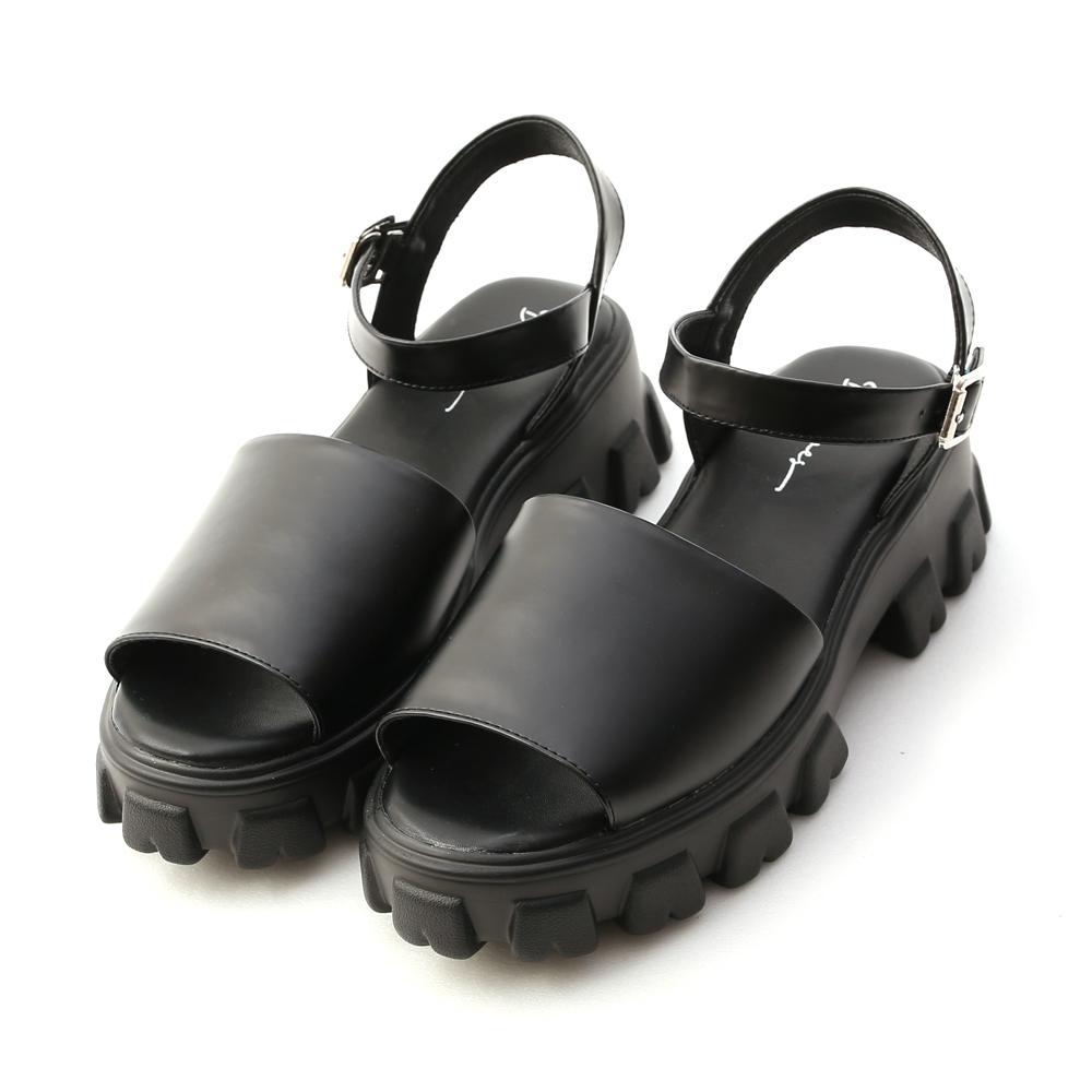 D+AF 黑色時尚.一字寬版鋸齒底涼鞋*黑