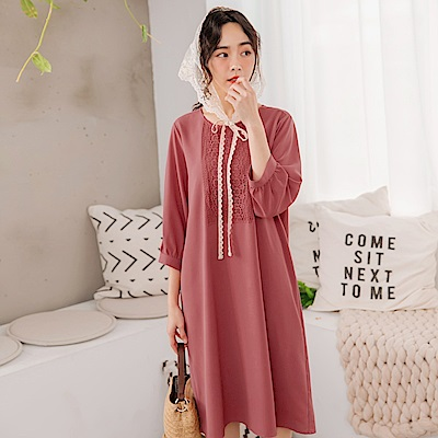 iMODA STAR-氣質純色布花蕾絲七分雪紡中洋裝