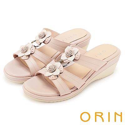 ORIN 愜意渡假風情 嚴選牛皮盛開花朵楔型拖鞋-粉色