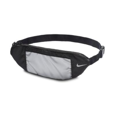 Nike 腰包 Fanny Pack 外出 斜背 男女款 斜背包 外出 輕便 小包 穿搭 黑 銀 N0002650082OS