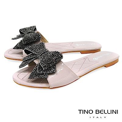 Tino Bellini 華麗亮鑽層次蝴蝶結平底涼拖鞋 _ 淺粉