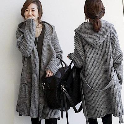 La Belleza國民領腰綁帶鐵釦可翻領厚毛料混色針織連帽毛衣外套