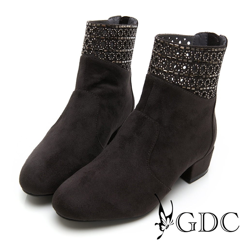 GDC-素雅簍空水鑽基本粗跟低筒秋冬靴-深灰色