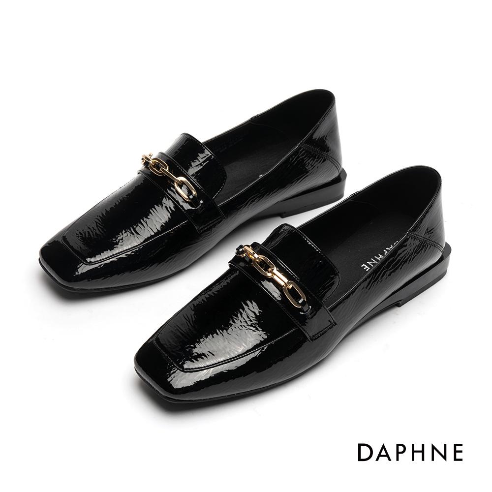 達芙妮DAPHNE 樂福鞋-金屬鍊帶漆皮方頭樂福鞋-黑