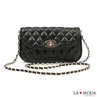 La Moda 約會不敗單品小香風菱格紋旋鈕兩用腰包鍊條包(黑)