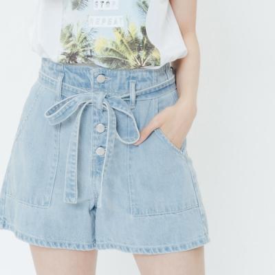 H:CONNECT 韓國品牌 女裝-綁結高腰排扣牛仔短褲-藍