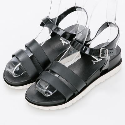 River&Moon防水鞋-簡約雙線條內增高羅馬涼鞋-黑