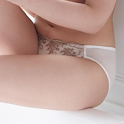 蕾黛絲-美樂蒂young真水搭配低腰內褲 M-L 柔情白
